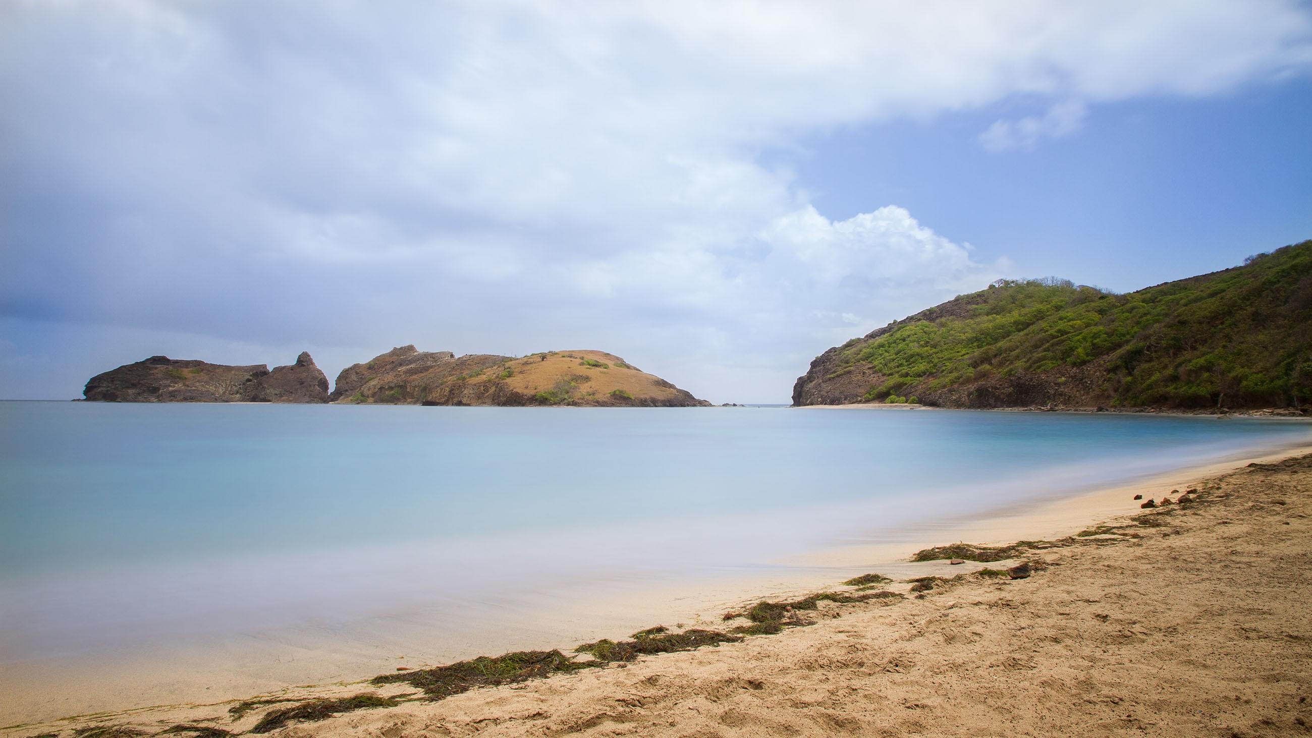 beach-lessaintes-guadeloupe-france-paradise-island-caribbean-nobody