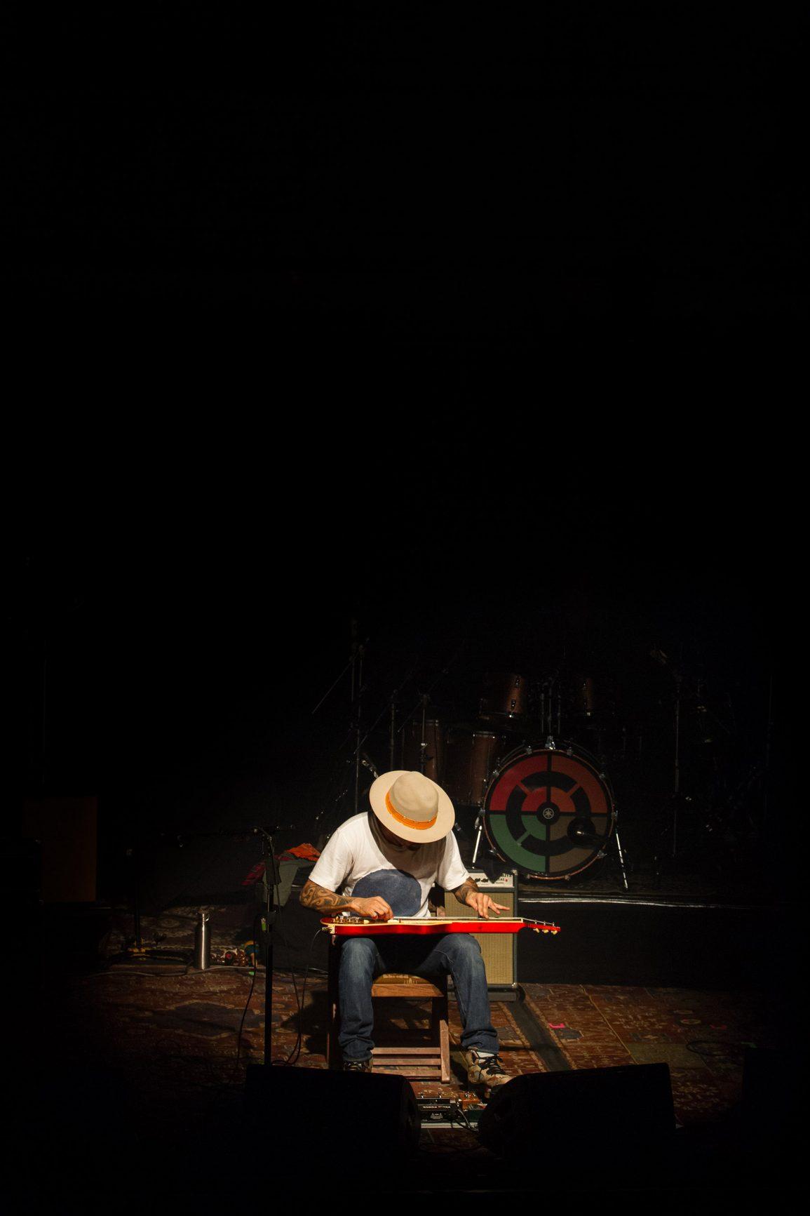 The Moving Len - Ben Harper - Paradiso - Copyright